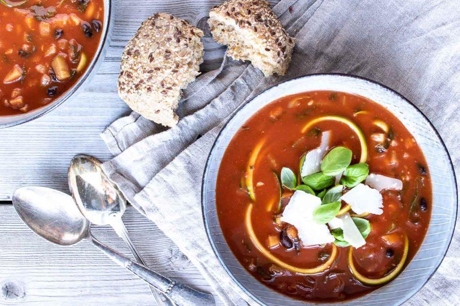 Vegetarisk minestrone med miso