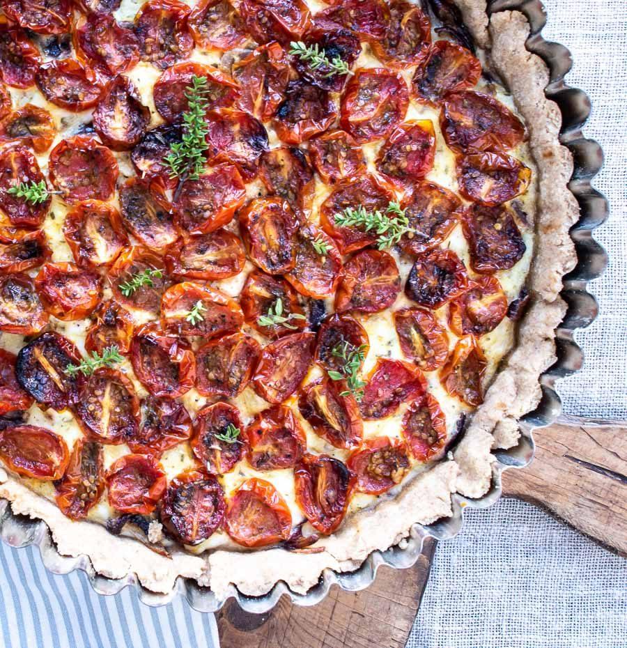 Tomattærte med aubergine
