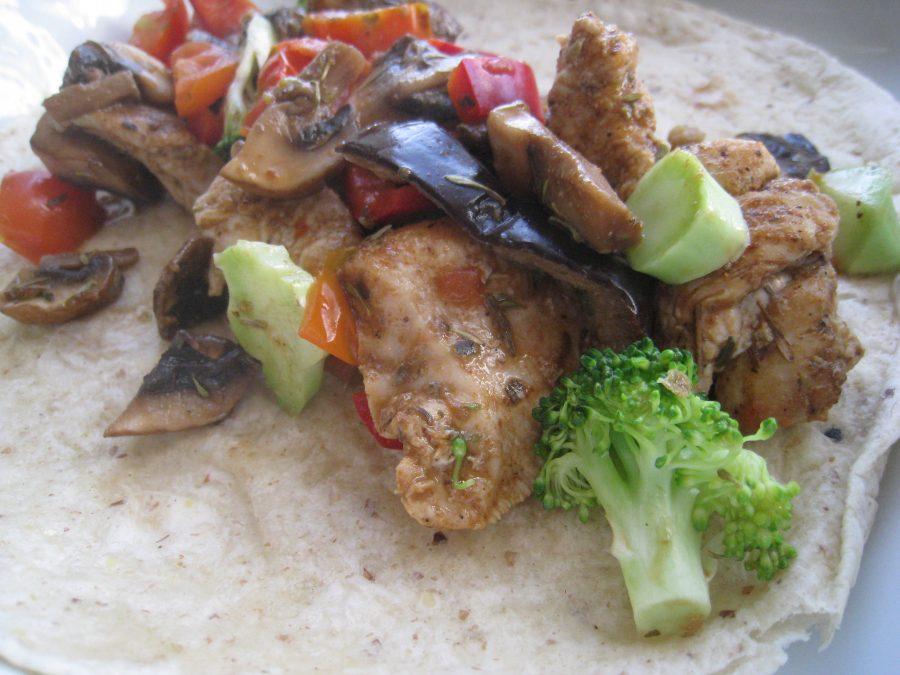 Wraps med kylling-grønsagsfyld