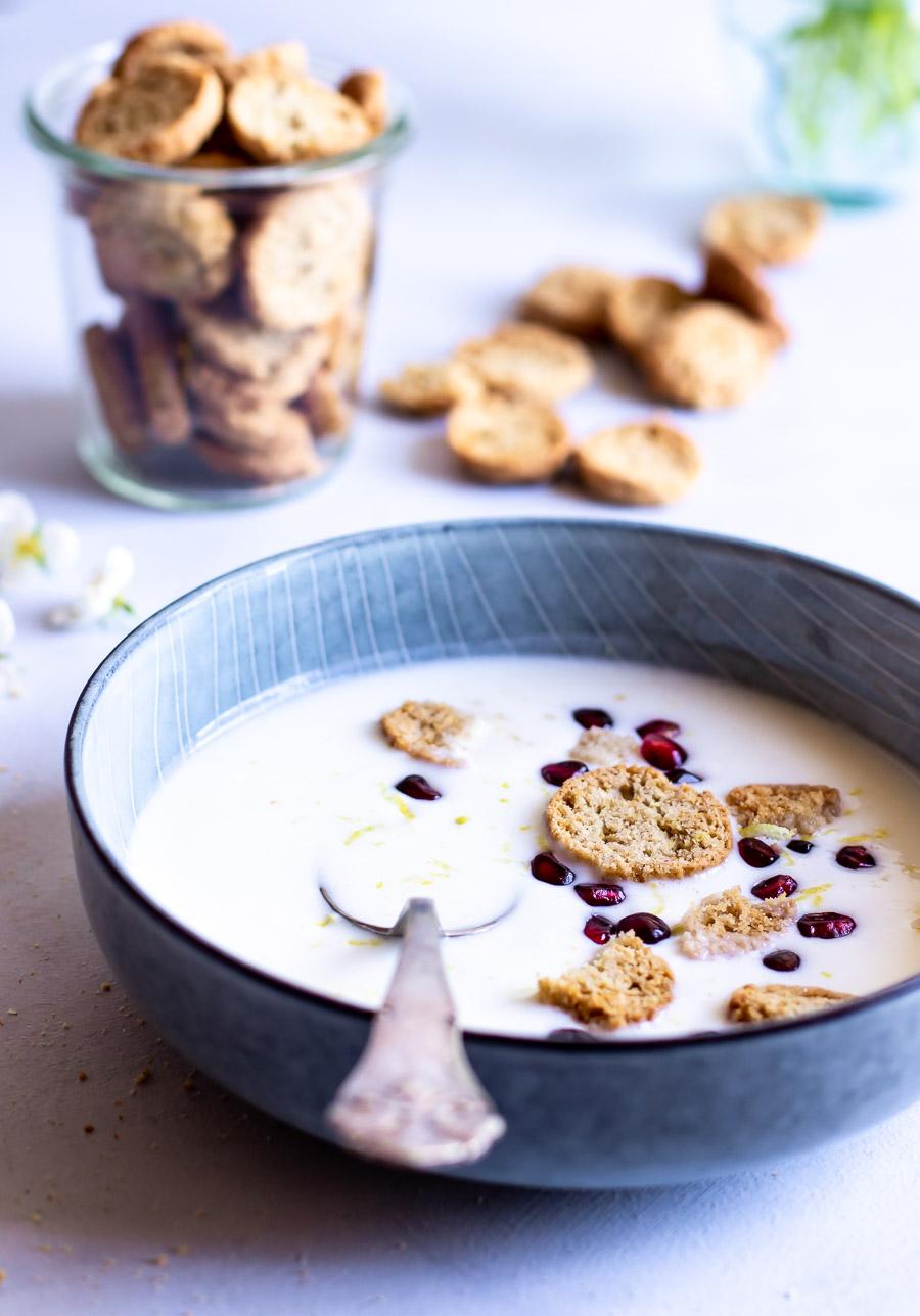Koldskål med tykmælk