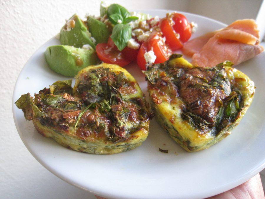 Brunch-æg med spinat og parmesan