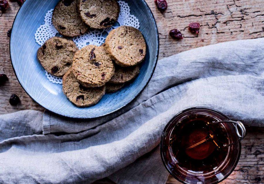 Lakridssmåkager - cookies med lakrids og tranebær