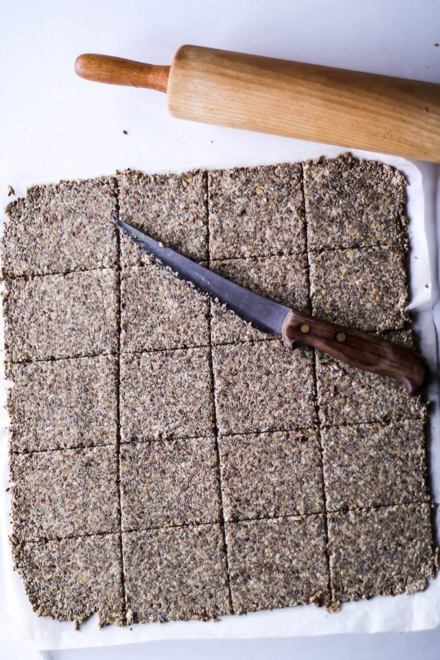 Sprødt knækbrød med chiafrø og masser af kerner2