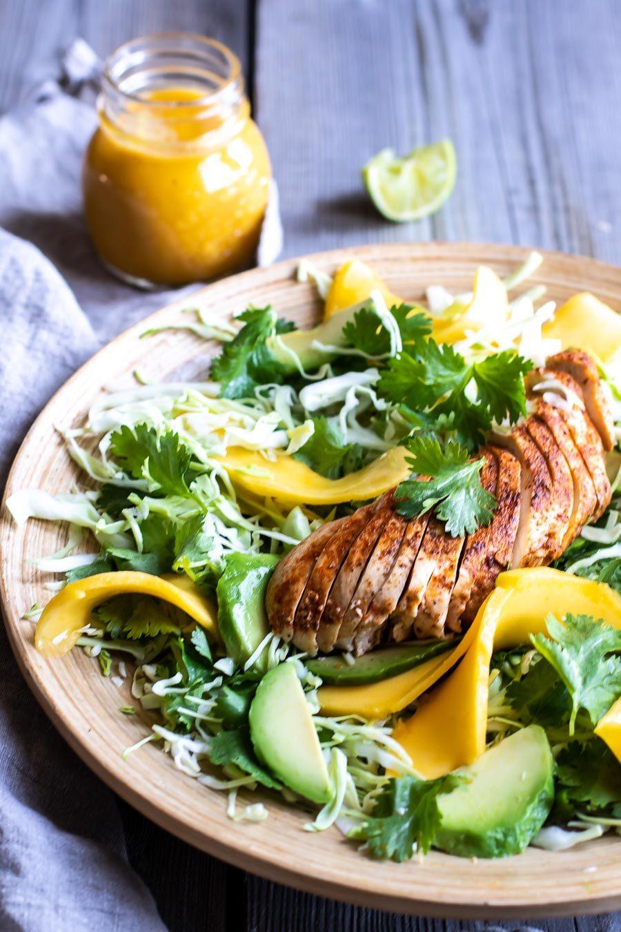 Kyllingesalat med mangodressing - den bedste!
