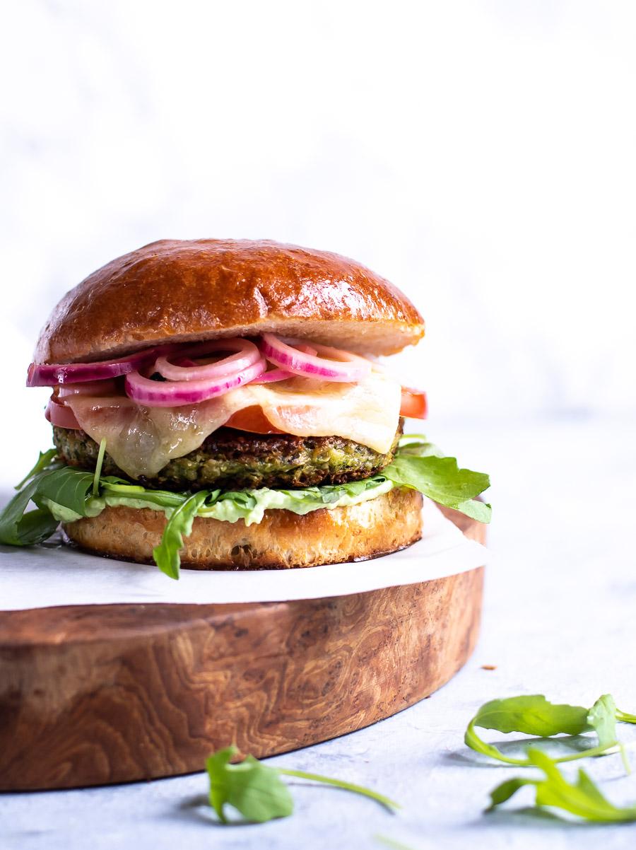 Vegetarburger med selleribøf
