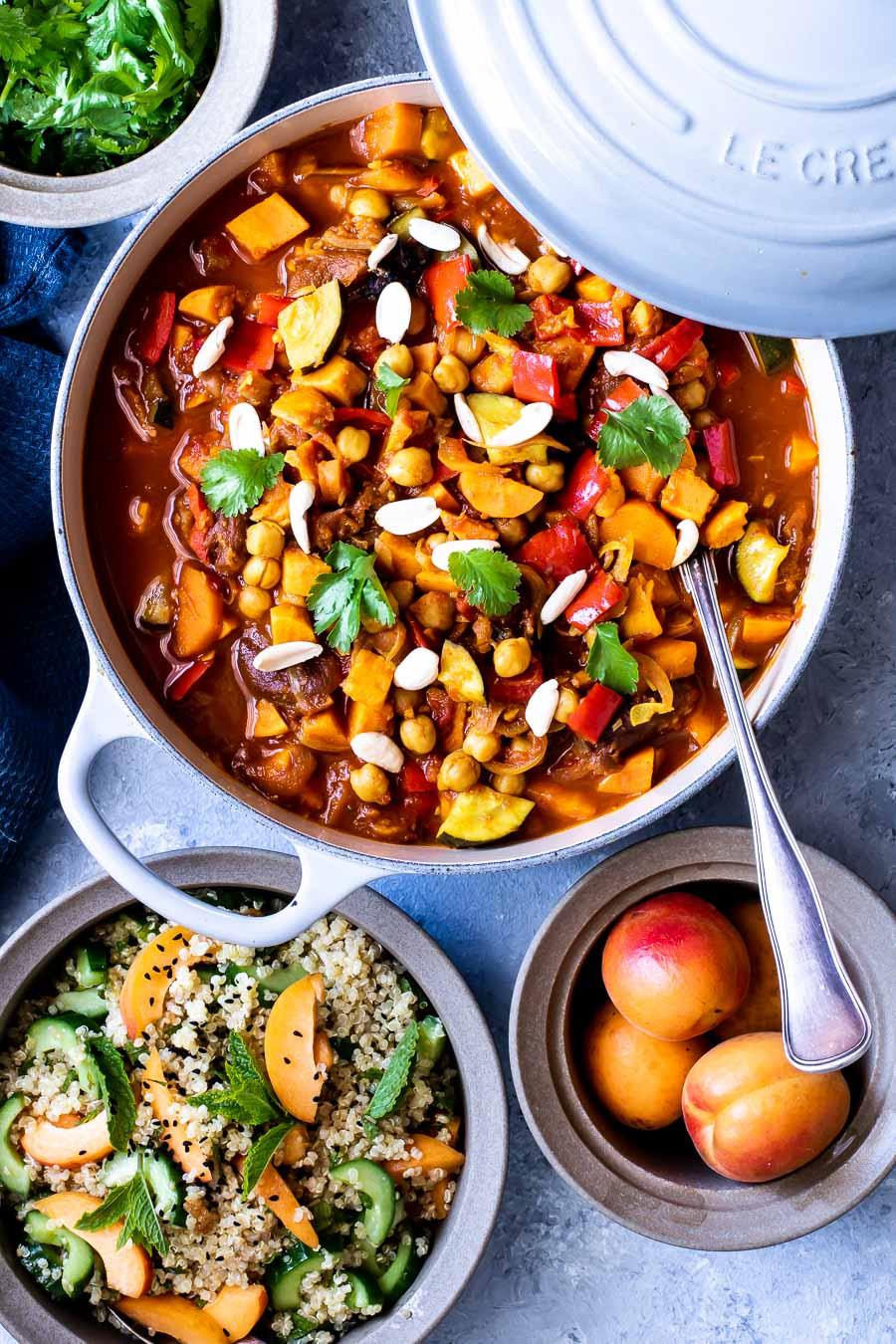 Marokkansk vegetargryde med kikærter - grønsagstagine