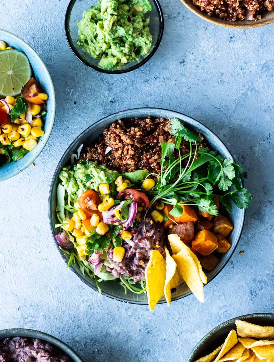 Mexi bowl med quinoa - vegetarisk mexi bowl