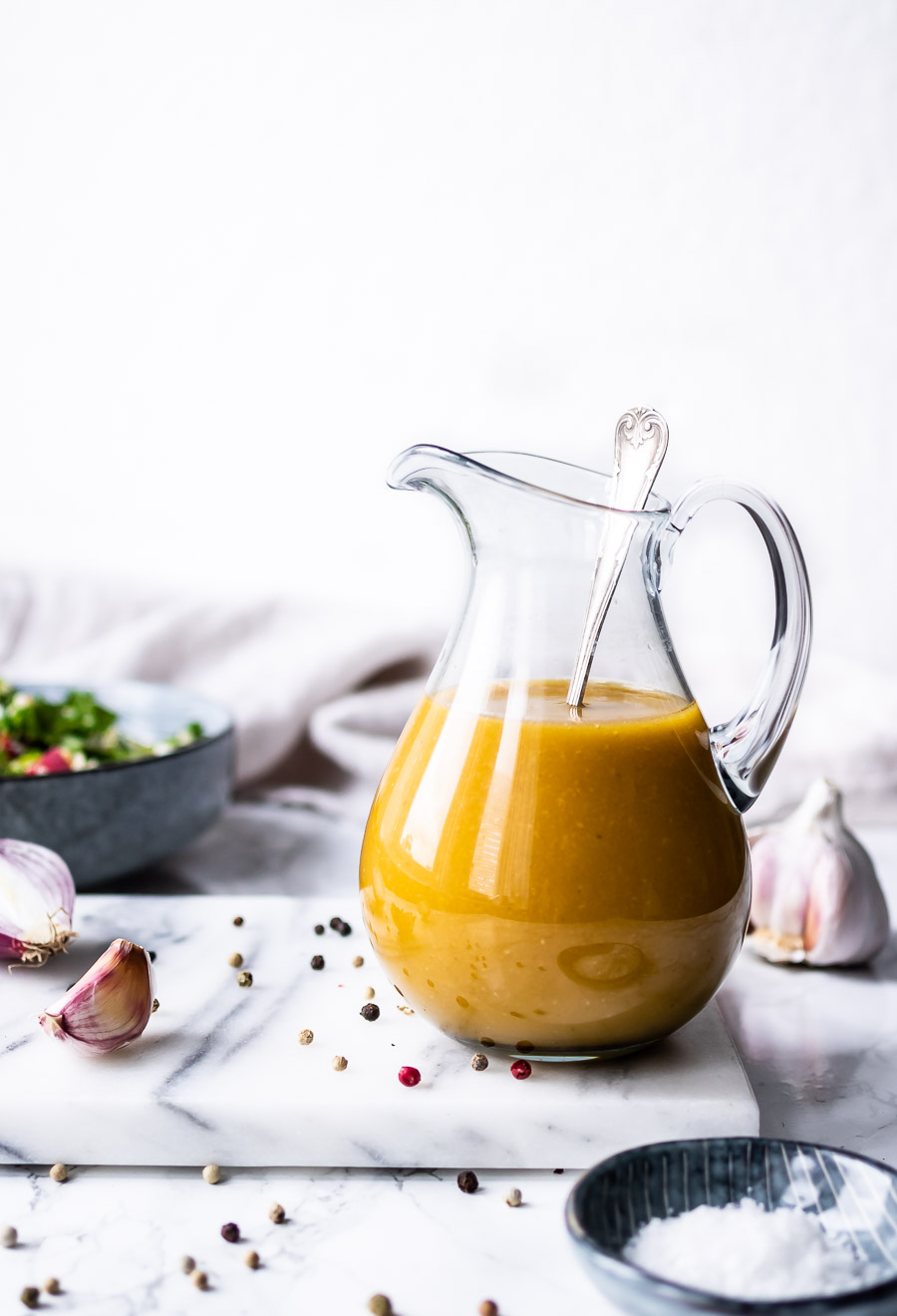 Olie-eddikedressing-salatdressing